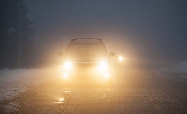 Safety Tips While Driving in Fog