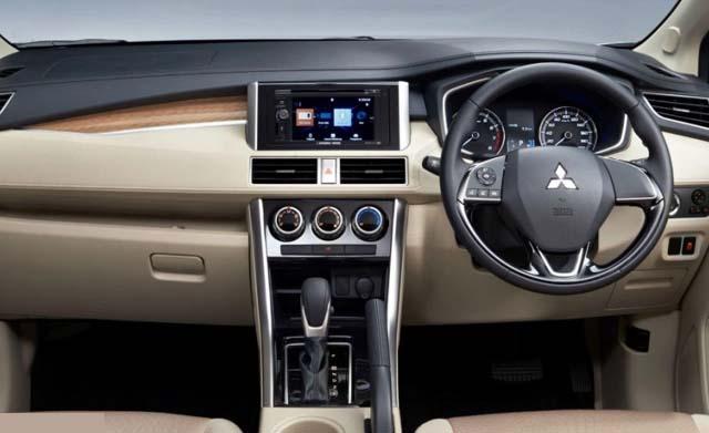 Mitsubishi Xpander SUV Dashboard