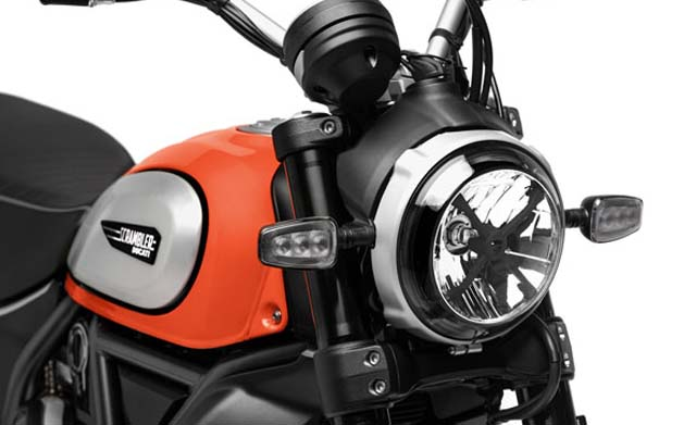 2019-ducati-scrambler-unveiled-headlight