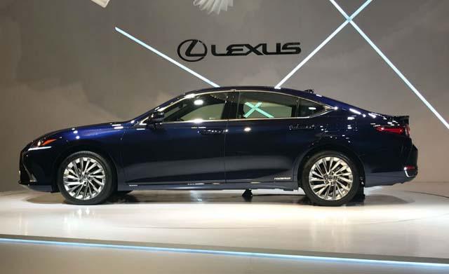lexus es300h unveiled 02