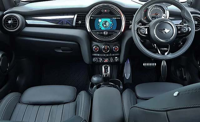 2018 Mini Cooper S Oxford Edition Dashboard