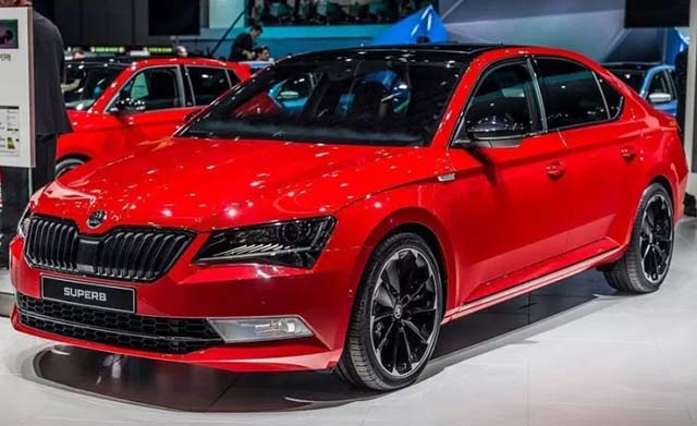 Skoda Superb Sportline Launched