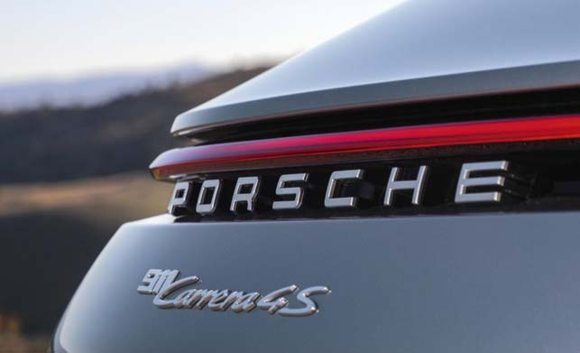 Porsche 911 Car Review