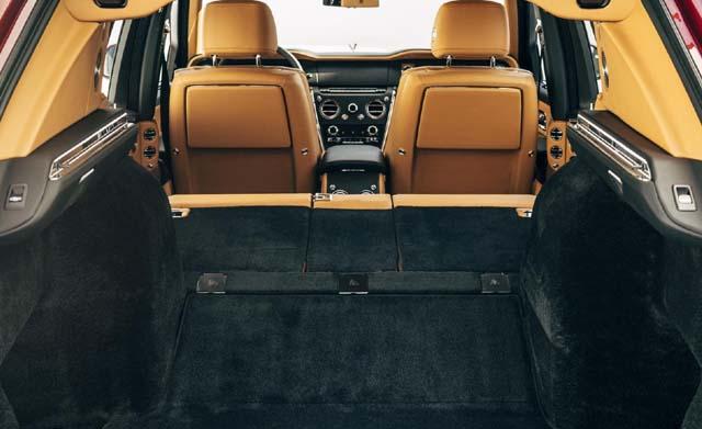2018 Rolls Royce Cullinan Car Back Side