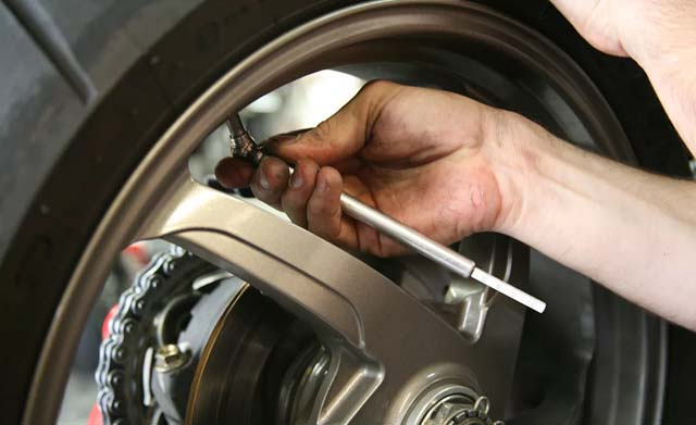 How to preserve your motorcycle tyres